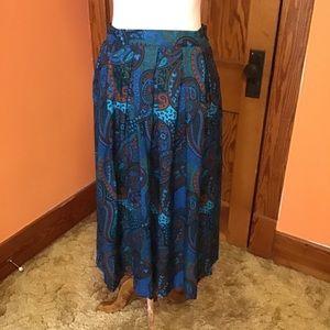 Bright wild fun 80s vintage paisleys full skirt